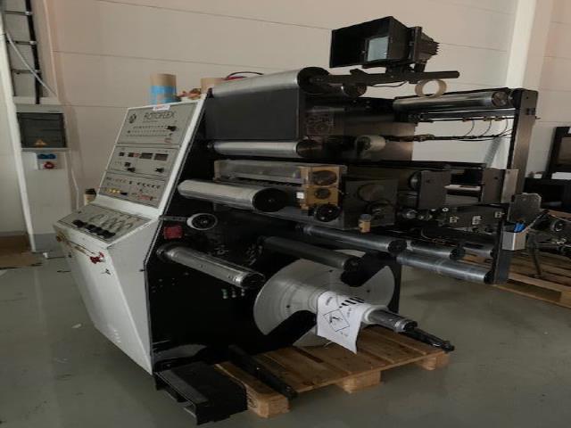 Rotoflex VSI 330 Label Confection Machine
